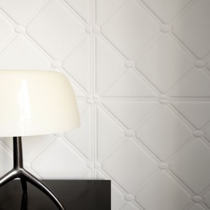 Elitis Chance Madone Non Woven Wallpaper